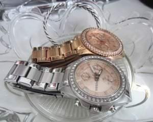 Ablage für Uhren