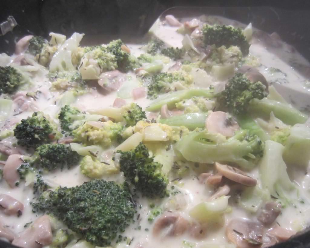 Broccoli Pilz soße