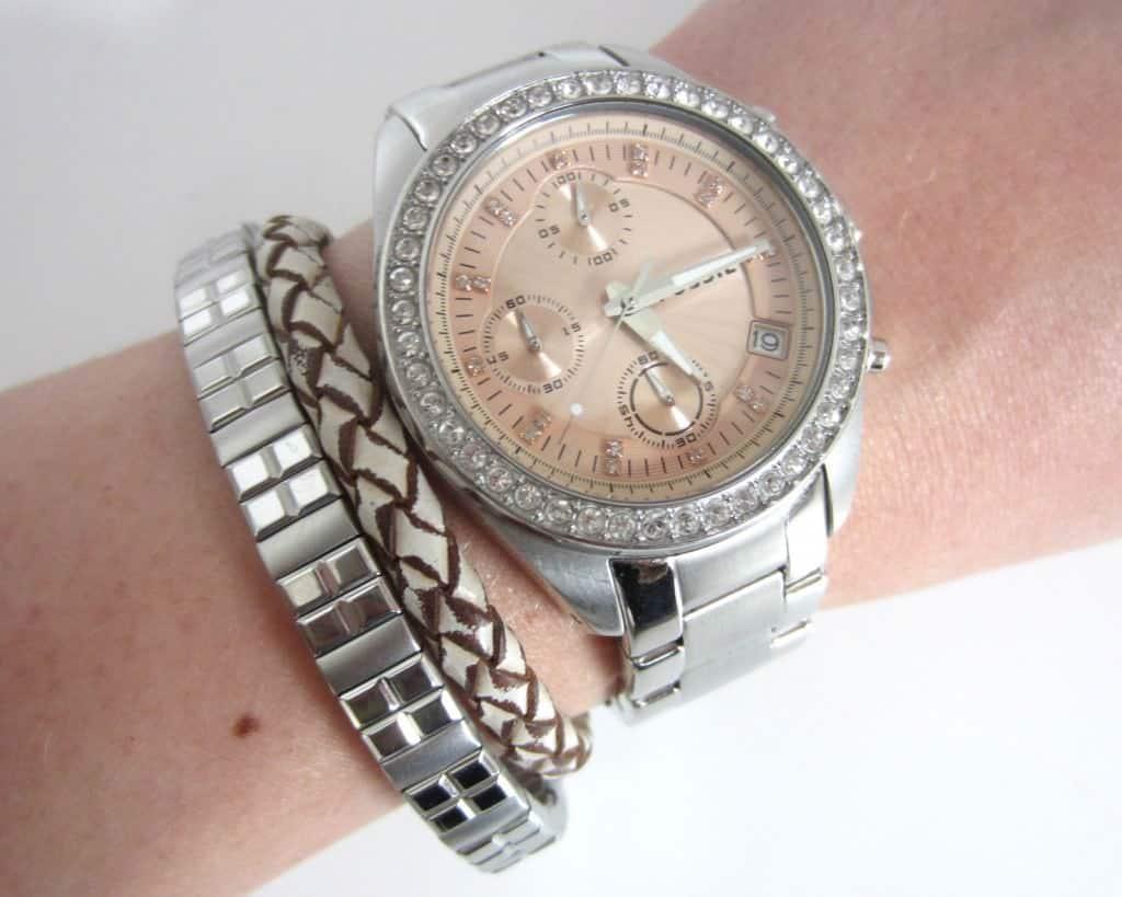 Armparty mit Uhr und Magnet Armband