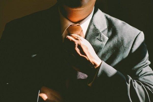 Unterhemd gehört zum Anzug